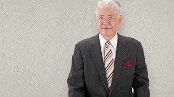 日本ヴォーグ社代表取締役瀨戸信昭